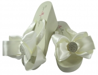Bridal Flip Flops with Round Jewel Bows